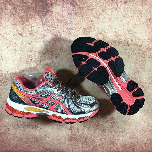 ASICS Gel Nimbus 15 Womens Running Shoes s63